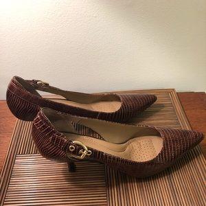 Circa Joan & David Callalily Buckle Pumps/Heels -9